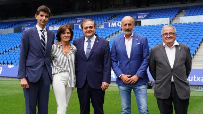 Los presidentes de Alavés, Eibar, Real Sociedad, Athletic Club y Osasuna, tras reunirse en Anoeta.