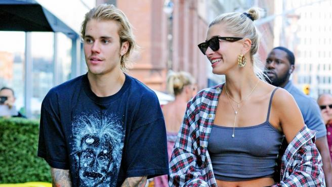 Justin Bieber y Hailey Baldwin pasean por las calles de Nueva York.