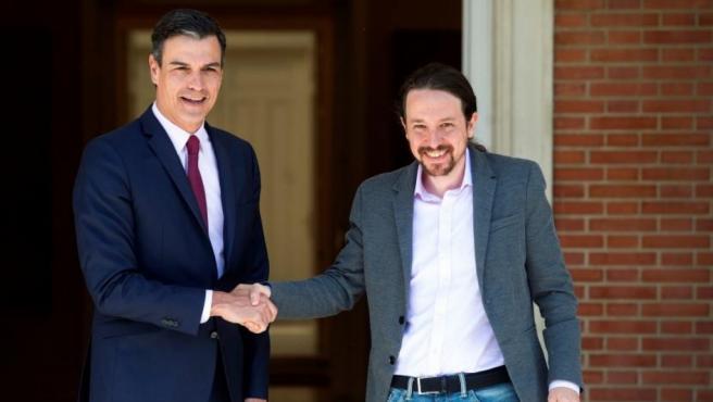 Primera reunión entre Sánchez e Iglesias una semana después de las elecciones.