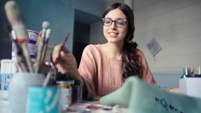 Atreverse a sacar adelante ese talento oculto y beneficiarse económicamente de ello es gratificante y un salto fuera de la zona de confort.