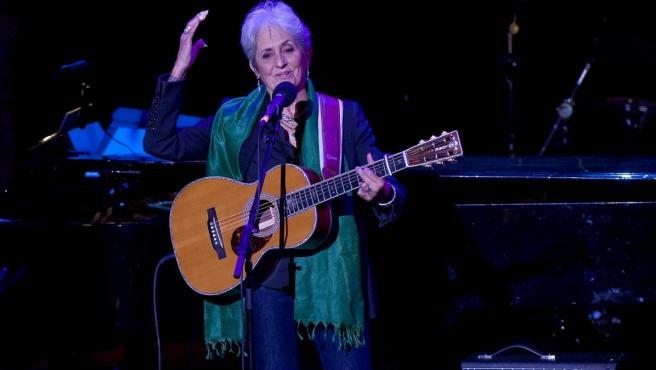 Joan Baez durante un concierto en Nueva York en 2014.