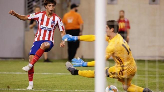 El joven talento portugués del Atlético brilló en la impresionante goleada sobre el Real Madrid en New Jersey