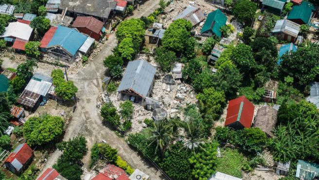 Casas dañadas tras el terremoto en Batanes.