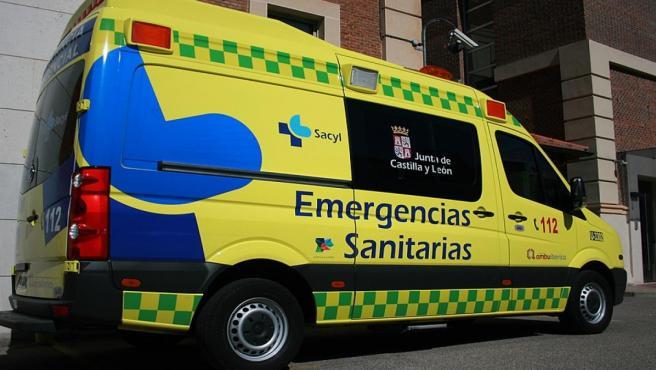 Sucesos.- Dos personas resultan heridas en un accidente de tráfico en Rioseco de Tapia (León)