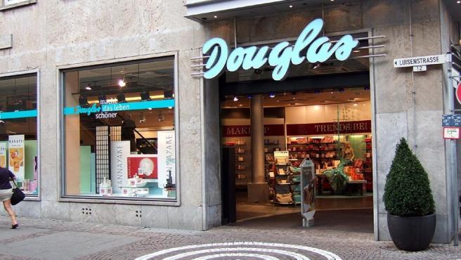 Douglas perfumería