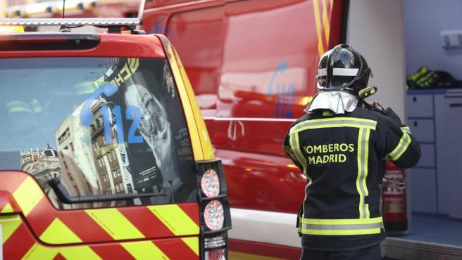 <p>Vehículos de los bomberos de Madrid, en una imagen de archivo</p>