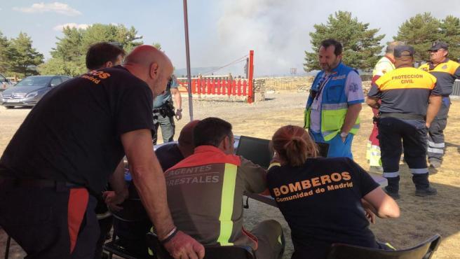 Activado el nivel 1 del INFOMA al coincidir el incendio de Miraflores con el de La Granja, que avanza hacia Madrid.