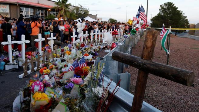 Acto en recuerdo de las víctimas del tiroteo en El Paso, Texas.