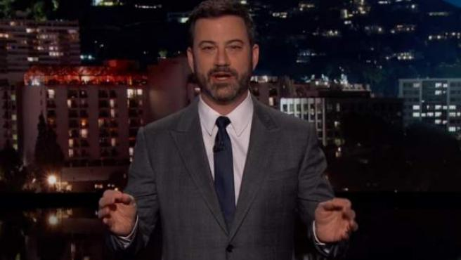 Jimmy Kimmel, durante el monólogo con el que abre su programa.