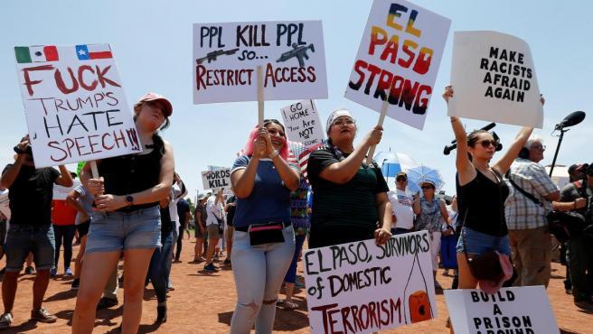 Protesta por la visita de Donald Trump a El Paso.