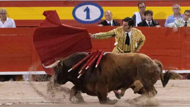 <p>Morante de la Puebla, durante la corrida en la plaza de toros de Palma de Mallorca.</p>