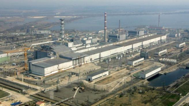 Vista aérea de la clausurada central nuclear de Chernóbil (Ucrania), escenario en 1986 de la mayor catástrofe nuclear de la historia.