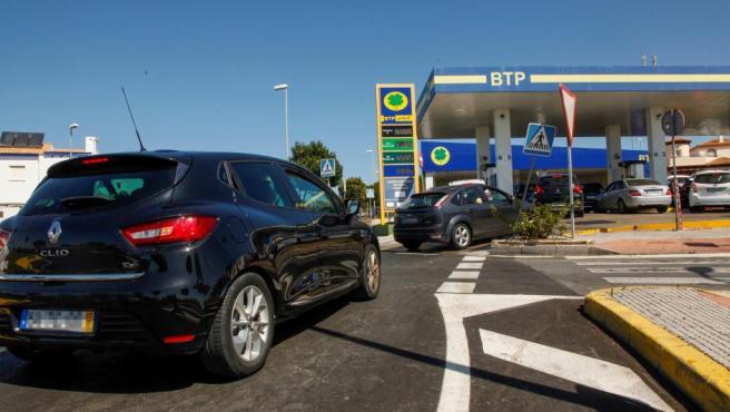 Prosigue el trasiego de conductores portugueses en gasolineras de Ayamonte