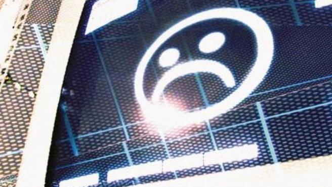 Imagen que representa un ordenador infectado por un virus informático.
