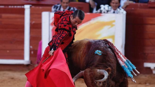 """Vox Asturias muestra su apoyo a la tauromaquia """"frente a los ..."""