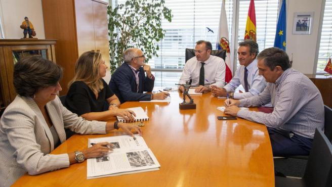 Los consejeros Blanco, Rodríguez y Martin se reunireron esta semana para coordinar la nueva campaña del Gobierno