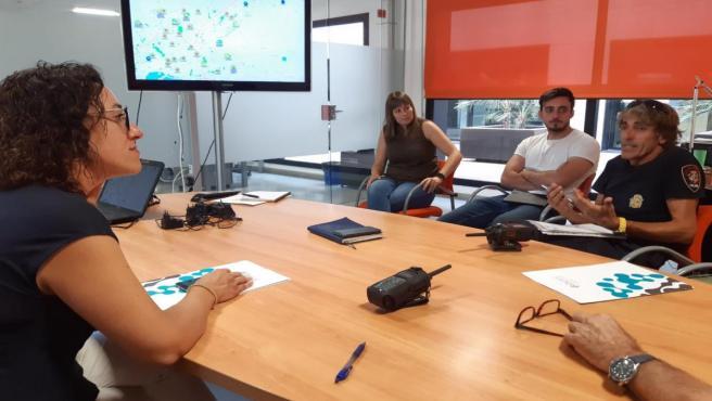 Reunión entre la regidora de Seguridad Ciudadana de Palma, Joana Maria Adrover, y el director gerente de la Entidad Pública Empresarial de Telecomunicaciones e Innovación de Baleares (Ibetec), Bartomeu Tugores.