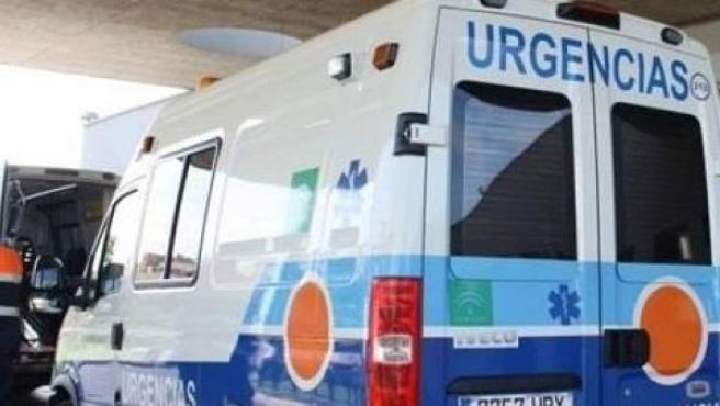 Ambulancia de Urgencias en un hospital de Andalucía, en una imagen de archivo.