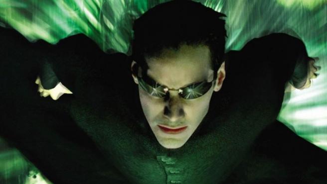 Keanu Reeves protagonizó 'Matrix' (1999) de las hermanas Wachowski