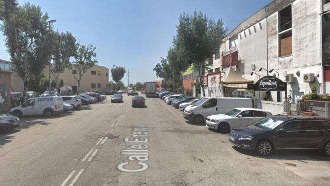 Imagen de una de las calles del polígono Can Famades de Cornellá del Llobregat.