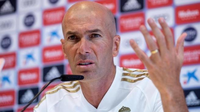 Zidane, técnico del Real Madrid, durante una rueda de prensa.