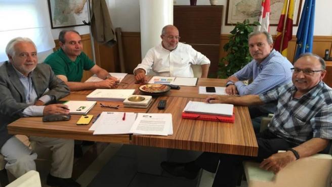 Reunión del vicepresidente de la Junta, Francisco Igea, con los miembros de la Uscal