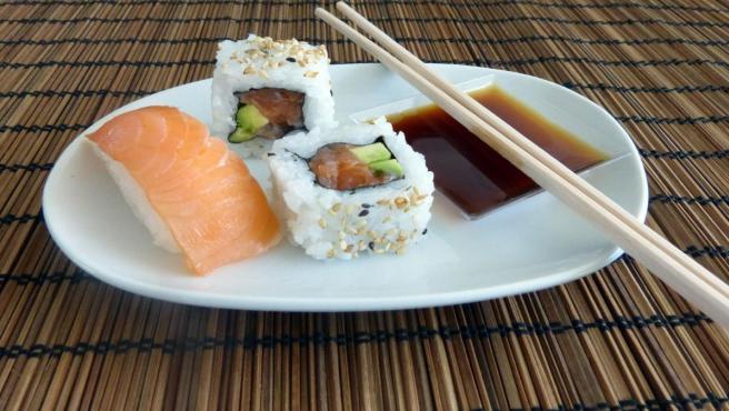 Piezas de sushi.