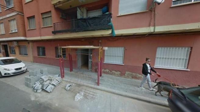 Calle del barrio de Campamento de Paterna donde se produjo un parricidio.