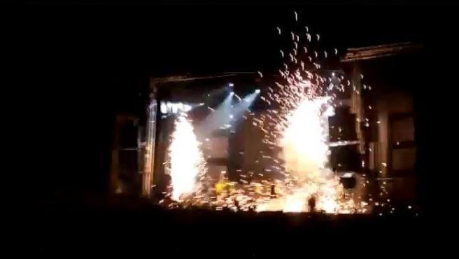 Explosión en una actuación en Ávila.