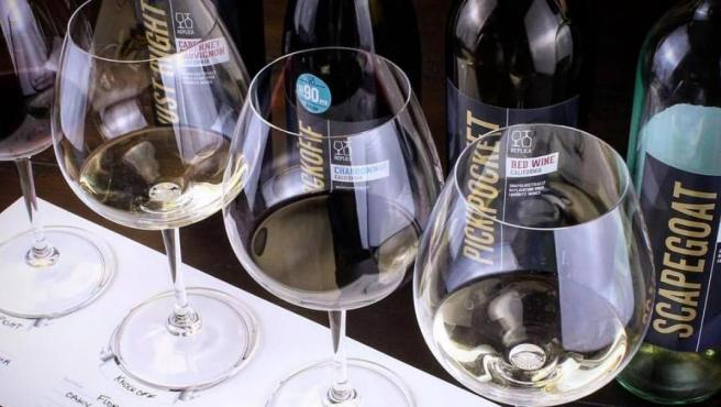 Varios vinos de la bodega Replica Wines