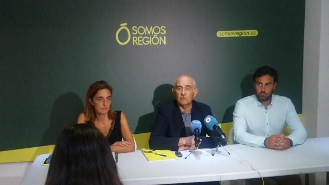 RUEDA DE PRENSA DE SOMOS REGIÓN EN LA QUE ALBERTO GARRE ANUNCIA SU RENUNCIA COMO PRESIDENTE DEL PARTIDO