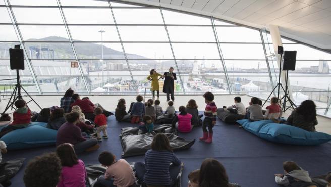 Actividadades en una anterior edición del Día del Puerto de Bilbao