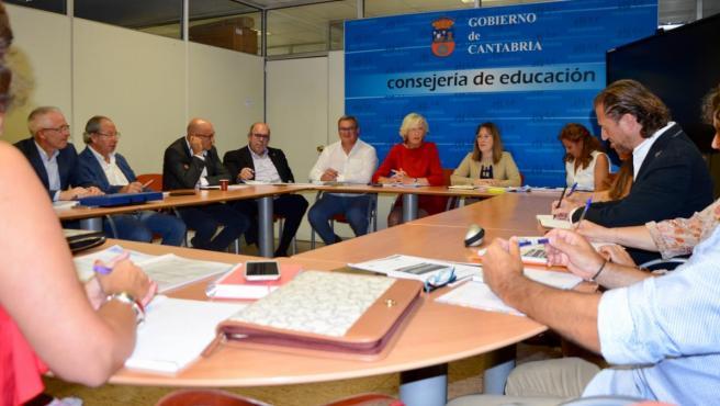 Primera reunión de los Comités Permanentes de Directores de Infantil y Primaria y de Secundaria