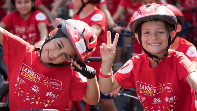 Niños participantes en La Vuelta Junior