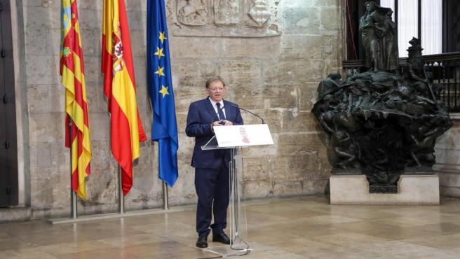Puig atén als mig després de reunir-se amb el president de la Diputació de Castelló, José Martí