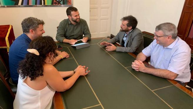 Reunión del Ayuntamiento de Cáceres con el Cluster de Turismo