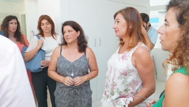 La presidenta del Govern, Francina Armengol, durante su visita a Ibiza este miércoles.