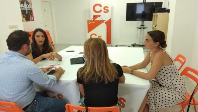 Reunión de Mónica Moreno (Cs) con representantes de AJE Jaén
