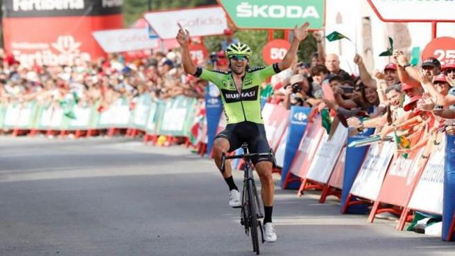 Mikel Iturria gana en la Vuelta