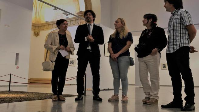 Visita realizada al Museo Etnográfico, con motivo de la inauguración de la muestra fotográfica 'Mujeres'.