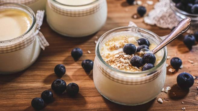 como hacer yogurt natural casero sin yogurtera
