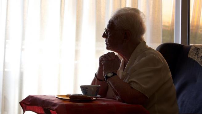 Estudio sobre la soledad de las mujeres mayores en España
