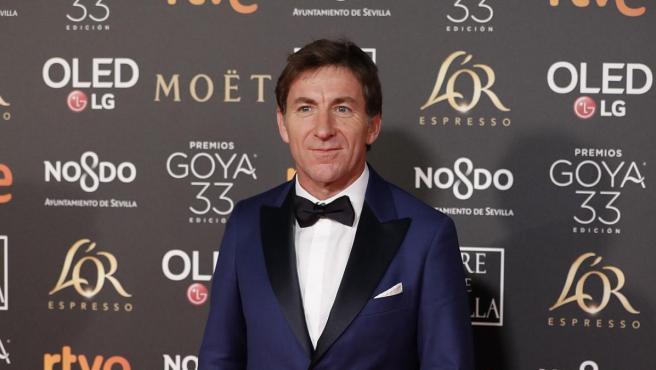 Antonio de la Torre posa sonriente a su llegada a los Goya 2019.