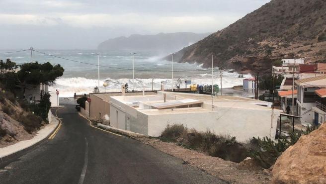 Olas por temporal borrasca en Cartagena