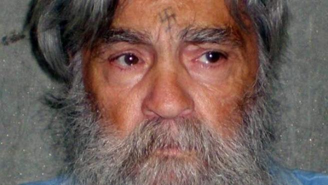 Fotografía fechada el 16 de junio de 2011 de Charles Manson, en la prisión de California en Corcoran, EE UU.
