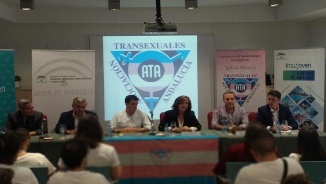 Inauguración en Cazorla del campamento para personas transexuales que se celebra en Andalucía.