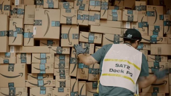 Imagen de archivo de un repartidor de Amazon.