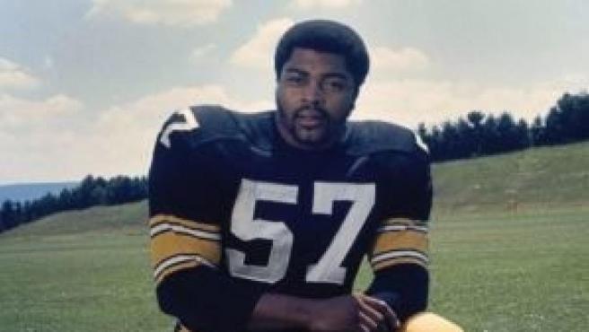 El exjugador de la NFL, Sam Davis.