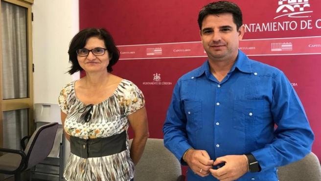 Amparo Pernichi y Pedro García en el Ayuntamiento de Córdoba