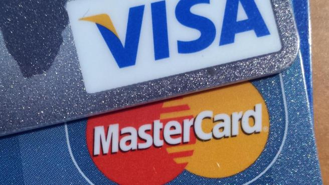 Imagen de varias tarjetas de crédito.